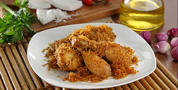 Ayam Goreng Kelapa ala Bu Sisca Soewitomo dan Royco