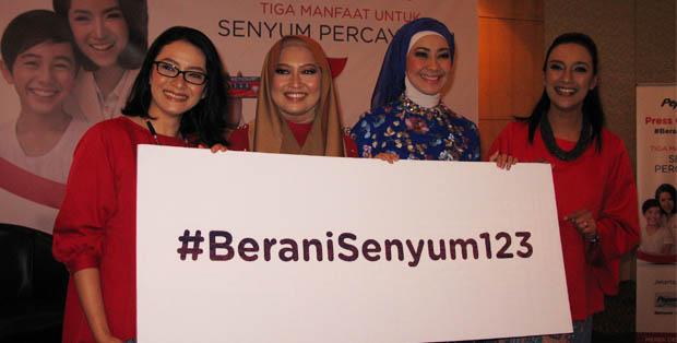 #BeraniSenyum123 bersama psikolog Vera Itabiliana, Varina Merdekawaty, Alya Rohali dan Shahnaz Haque