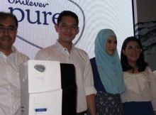 Dr. Firdaus, Dude, Alyssa, Mona Majid, dan Prof. Umar