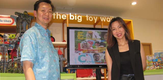 Dr. Markus Danusantoso SpA dan Lina Paulina, Vice President Kanmo Retail Group
