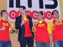 Sharif Mahfoedz- Division Head Data Services  Product Indosat Ooredoo,  Andreas Gregori, Suwignyo-Head of Region Jabotabek, dan Eric Danari-Head of Sales Jakarta saat peluncuran Paket Freedom Combo