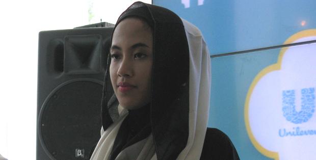 Hijab syar'i simple dari Jenahara