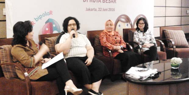 Vindy Ariella, Dr. Nurmiati dan Dr. Margarita menjelaskan tentang gangguan bipolar
