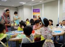 Belajar kreatif di Playdate Arts & Crafts
