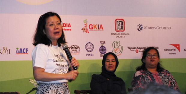 Hidup Sehat Alami Gaya Dr. Tan Tjiauw Liat