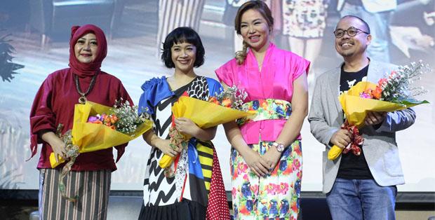 dr. Wiyarni Pambudi, SpA, IBCLC, Noella 'Ui' Birowo, Founder GabaG Indonesia Gabriella Rayana Lengkong, dan Komunitas Ayah ASI Sogi Indra Dhuaja