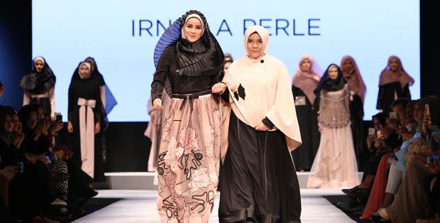 Irna Le Perle dengan  koleksi busana  Fidelium dan makeup look Faithful