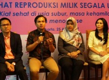 Direktur Utama Bamed Health Care dr. Yassin Yanuar MIB, SpOG, MSc., dr. Dwi Priangga, SpOG, dr. Rully Ayu Nirmalasari, SpOG dan dr. Ni Komang Yeni DS, SpOG saat seminar