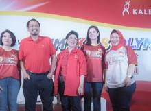 Foto Ki-Ka - Ongkie Tedjasurja, Dewi  Angraeni, DR. dr. Zakiudin Munasir, Bunda Romi, Astrid Tiar, Helly Oktaviana
