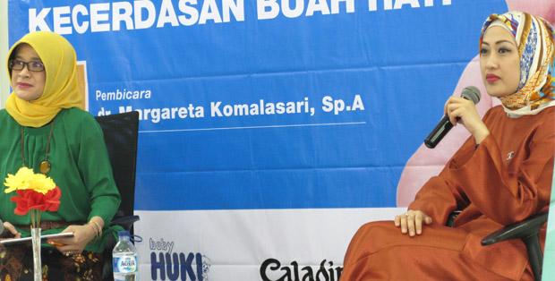 Host Suster Oche dan dr. Margareta Komalasari, SpA