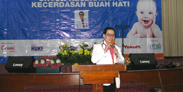 dr. Triasta, SpA di momdadi.com GTH 2017 RS Advent Bandung