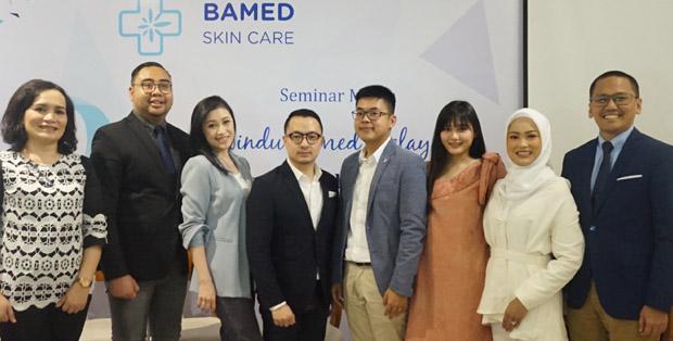 Tim Bamed Skincare merayakan Sewindu Bamed