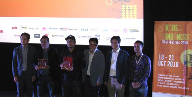 Penghargaan untuk Dilan 1990 dari KIFF 2018