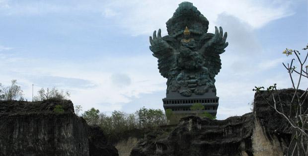 Patung Garuda Wisnu Kencana, terbesar dan termegah