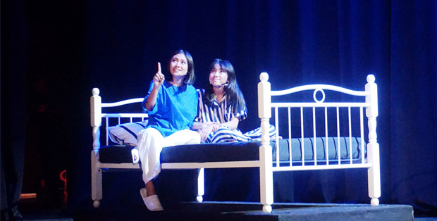 Salah satu adegan  NIVEA #SentuhanIbu: Drama Musikal Dongeng Pohon Impian