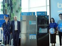 Foto (kiri ke kanan) : Arlisa Ardhiani, Manager Marketing Beko Indonesia; Ali Cagri Gonculer, Country Manager Beko Indonesia; Vera Itabiliana, pakar psikologi; serta Alvin Hartanto, Nutrition Expert berjajar dengan produk Beko