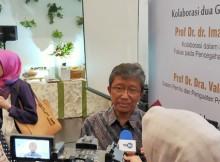 Foto : Guru Besar Universitas Indonesia Prof. Dr. dr. Imam Subekti, SpPD-KEMD