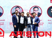 Foto Bersama Jaccopo Guazzarotti, Presiden Direktur PT Ariston Thermo Indonesia, Ewin Lim, Direktur Pemasaran PT Ariston Thermo Indonesia, Ario Pratomo, Tech Reviewer