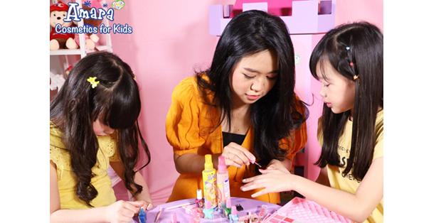 Amara Kids Cosmetics, makeup yang formulanya khusus untuk anak-anak, sudah bersertifikasi dari Badan Pengawas Obat & Makanan.